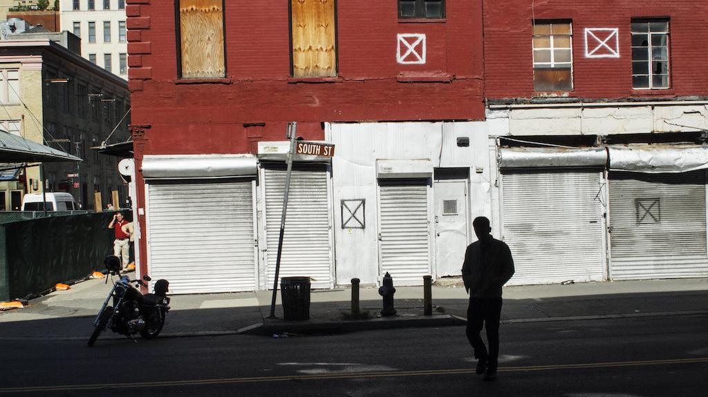 <p><span>South Street, New York</span>, 2012<br>Format: 35 x 62 cm</p>